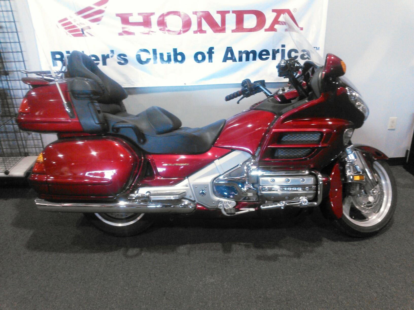 $8,995, 2003 Honda Goldwing GL18003