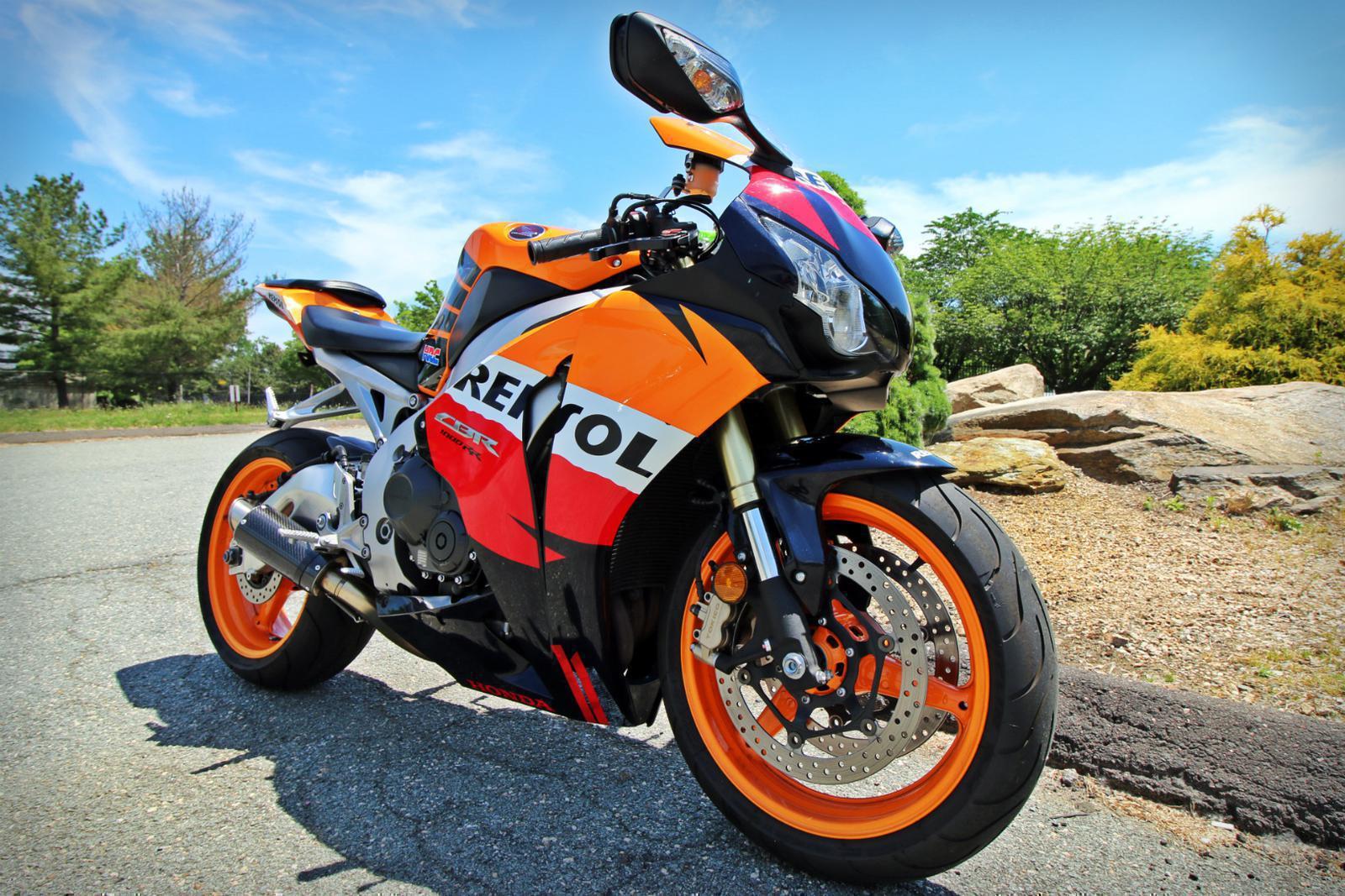 $9,999, 2009 Honda CBR 1000RR Repsol Edition